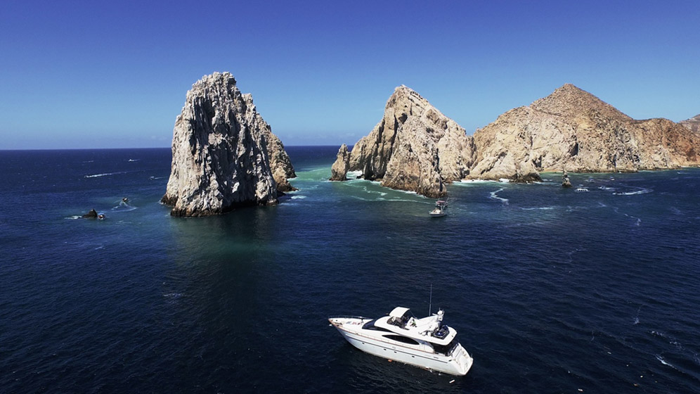 80 Azimut Luxury Yacht
